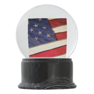 Patriotic American Flag Snow Globe