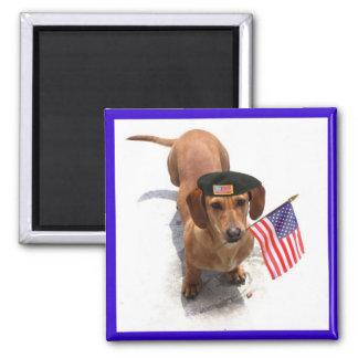 Patriotic dachshund magnet