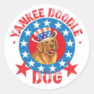 Patriotic Golden Retriever Classic Round Sticker