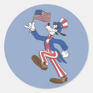 Patriotic Goofy Classic Round Sticker