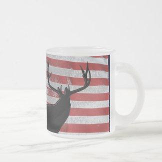 Patriotic hunter 10 oz frosted glass coffee mug