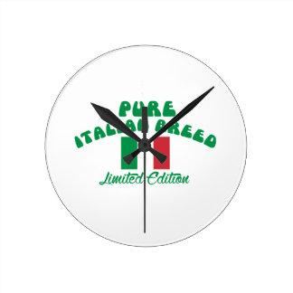 Patriotic Italian designs Round Clock