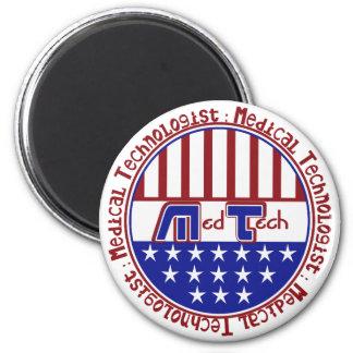PATRIOTIC MT (MEDICAL TECHNOLOGIST) USA FLAG MAGNET