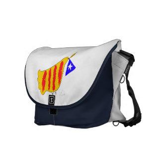 Patriotic Symbol, Catalonia freedom dove.Catalunya Messenger Bag
