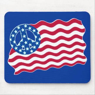 Patriotism and Peace in American Flag Design Mouse Pad