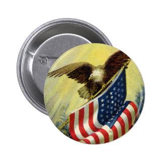 Patriotismo del vintage, bandera americana pin redondo de 2 pulgadas