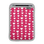 Patrón Corazones blancos del día de San Valentín Fundas iPad Mini
