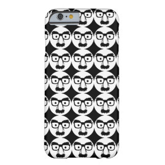 PATTERN BARELY THERE iPhone 6 CASE