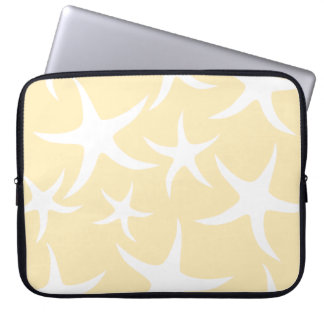 Pattern of Starfish in White and Yellow. Laptop Sleeve