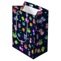Pattern rainbow owls medium gift bag