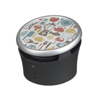 Pattern with cooking icons bluetooth speaker