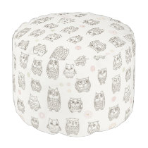 Pattern with owls pouf