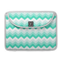 Pattern zigzags (turquoise, blank and green) MacBook pro sleeve