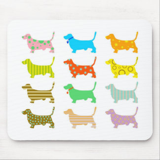 patterned-hound-dogs mouse pad