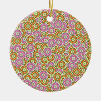Patterns higgledy-piggledy ceramic ornament