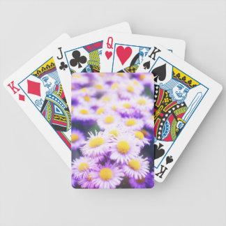 Pattert rosado de la flor barajas de cartas