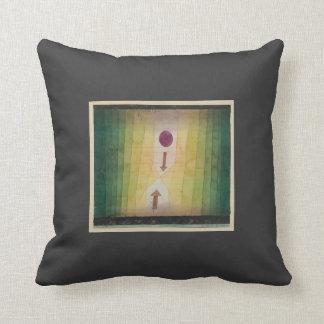 Paul Klee: Antes de los bombardeos Cojines