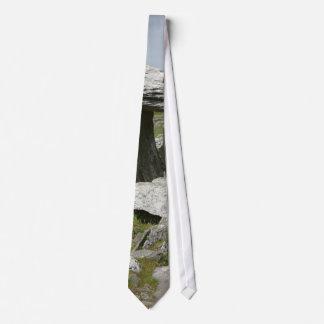 Paulnabrone Tombs Dolmens Burren Rocks Slabs Tie