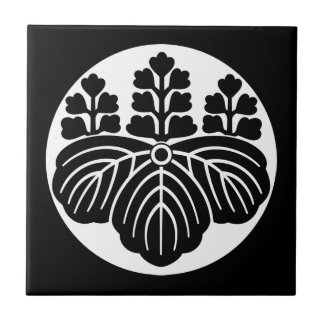 Paulownia with 5&7 blooms in rice cake ceramic tile