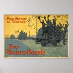 Pavimente la manera a la victoria posters
