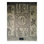 Pavimento de mosaico del chalet romano en el punto postal