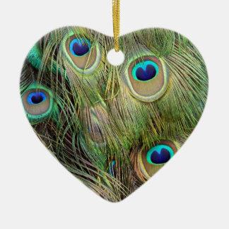 Pavo real adorno navideño de cerámica en forma de corazón