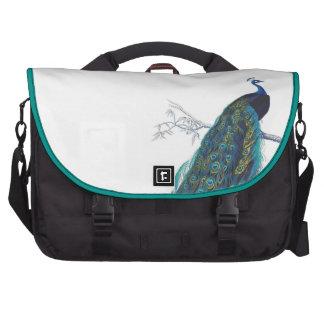 Pavo real azul con las plumas de cola hermosas bolsa para ordenador