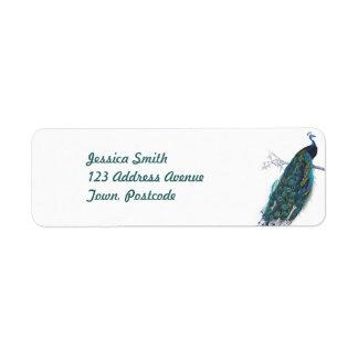 Pavo real azul con las plumas de cola hermosas etiqueta de remite