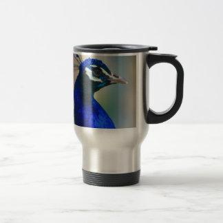 pavo real azul vivo taza de viaje