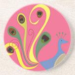 pavo real banal colorido en rosa posavasos personalizados