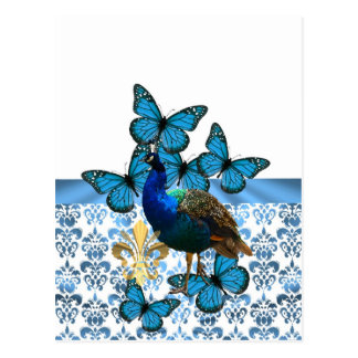 Pavo real bonito y mariposas azules postales