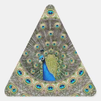 Pavo real del caleidoscopio pegatina triangular