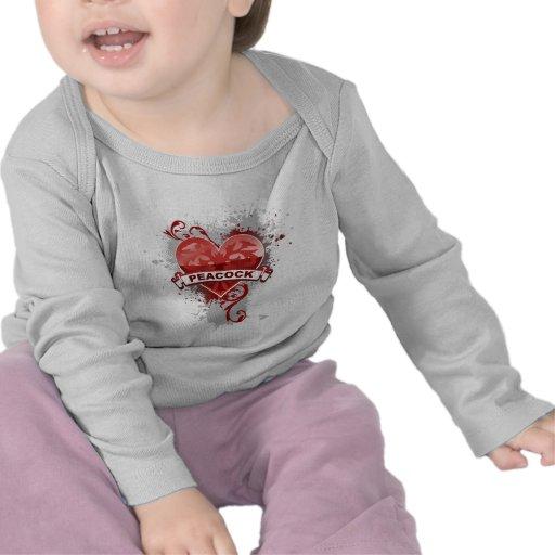 Pavo real del corazón camisetas