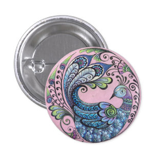 Pavo real en el Pin rosado del botón
