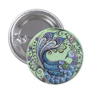 Pavo real en el Pin verde del botón