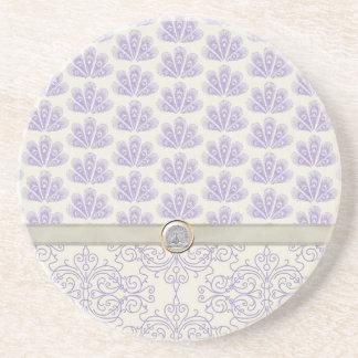 Pavo real en la impresión del damasco y del pavo r posavasos diseño