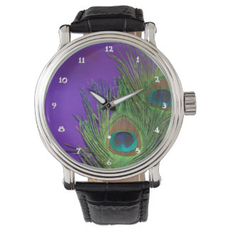 Pavo real púrpura de la hoja relojes