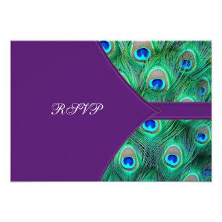 Pavo real púrpura del ciruelo que casa RSVP Invitación