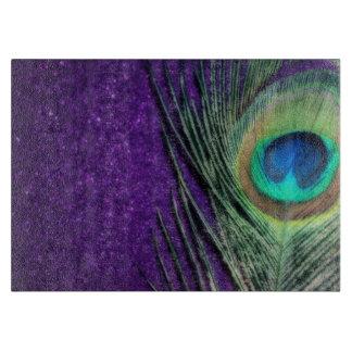 Pavo real púrpura imponente tabla para cortar