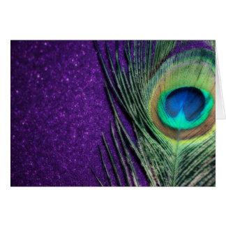 Pavo real púrpura imponente tarjeta de felicitación