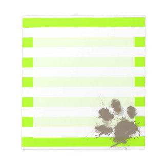 Pawprint divertido en rayas eléctricas de la verde bloc de papel