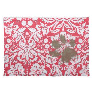 Pawprint fangoso divertido en modelo rojo del dama manteles individuales