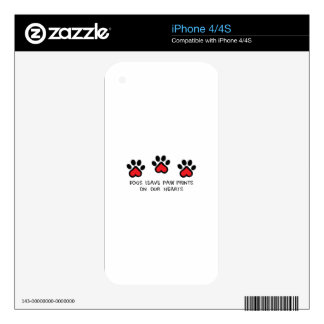 PAWPRINTS ON HEARTS DECAL FOR iPhone 4