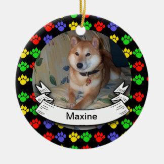 Pawprints personalizó el ornamento redondo de la adorno navideño redondo de cerámica