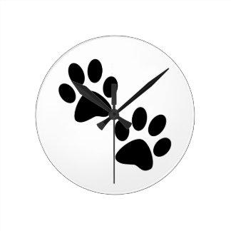 Paws Round Clock