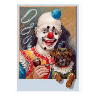 Payaso de circo del vintage con su perro del barro tarjetas postales