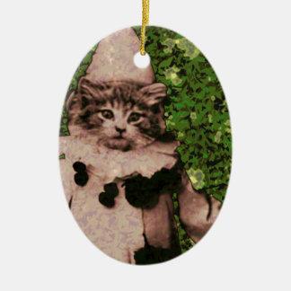 Payaso del gato adorno navideño ovalado de cerámica