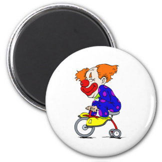 Payaso en el triciclo imán redondo 5 cm