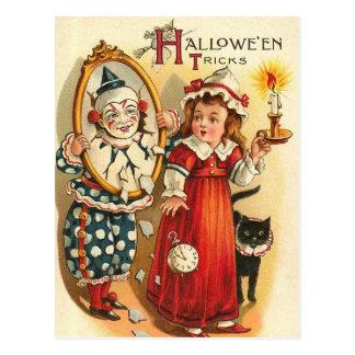 Payaso en los trucos de Halloween del espejo Tarjeta Postal