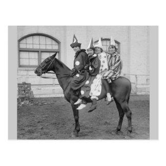 Payasos en un caballo, 1915 tarjeta postal